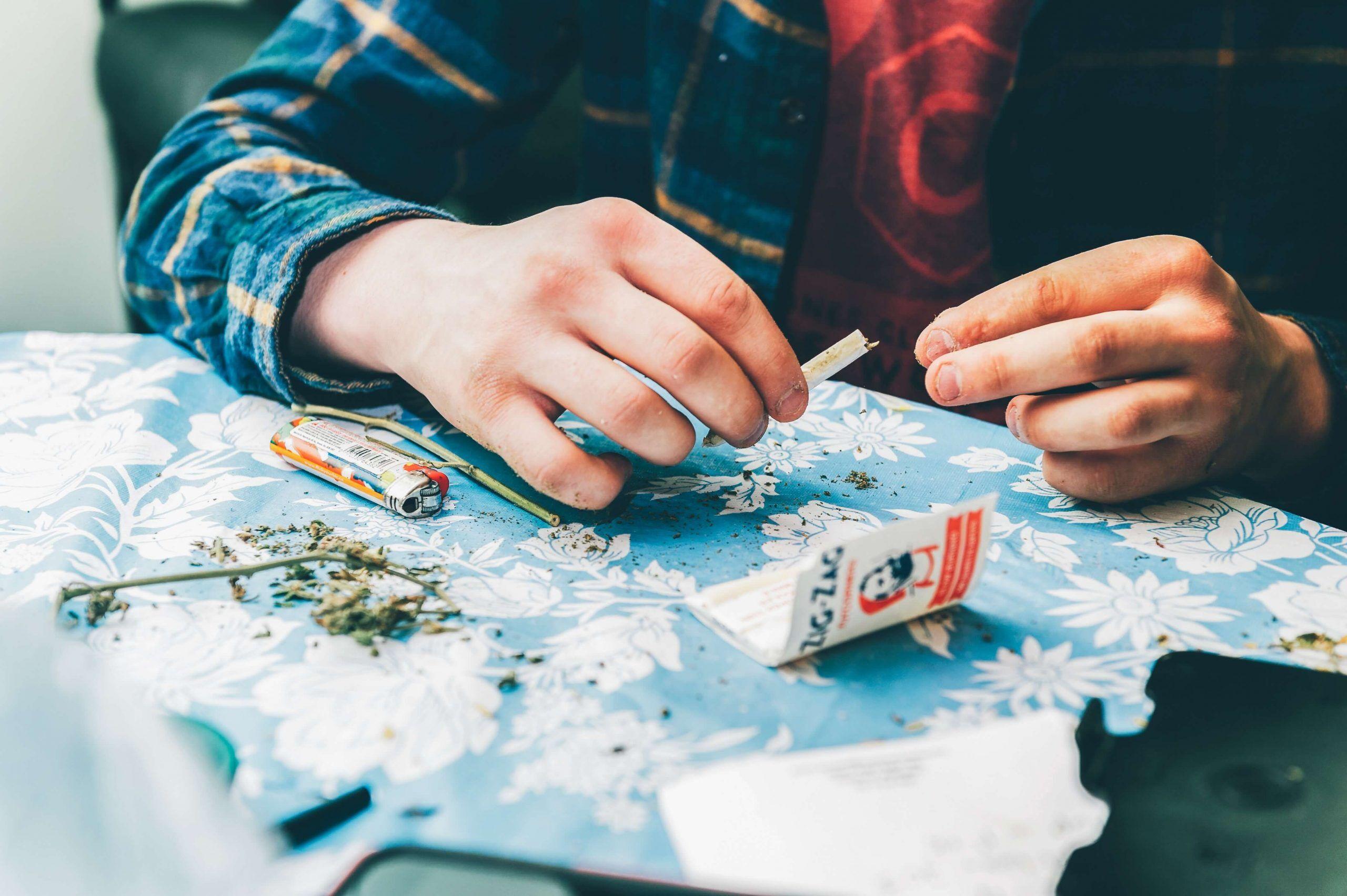 cbd-rauchen-joint-NaturalCBD